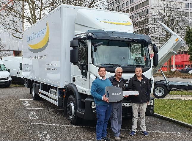 Auslieferung an Tour Transport GmbH